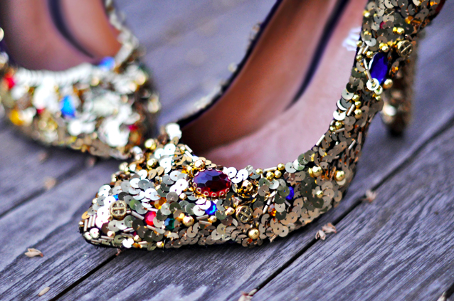 Tuesday Shoesday: Sequined Shoes by Ann Taylor