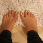 DIY: Gold Leaf Manicure