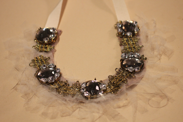 DIY Tulle Tendril Necklace