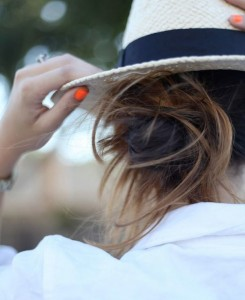 Messy-Bun-Orange-Nailpolish