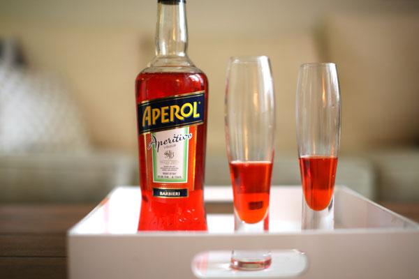 Aperol-Spritz-Step-1