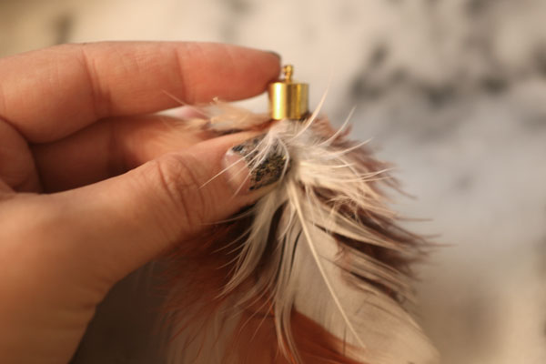 DIY-Feather-Necklace-Step-3
