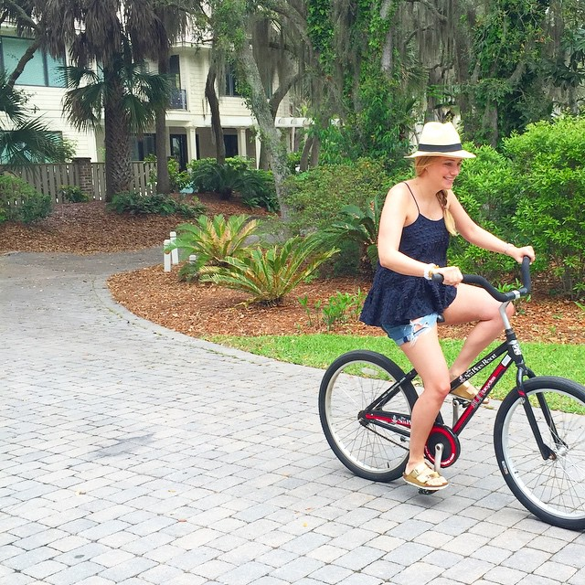 spending the day biking around @visithiltonhead! #rbcheritage #lowcountrystyle @liketoknow.it www.liketk.it/1ibTK…
