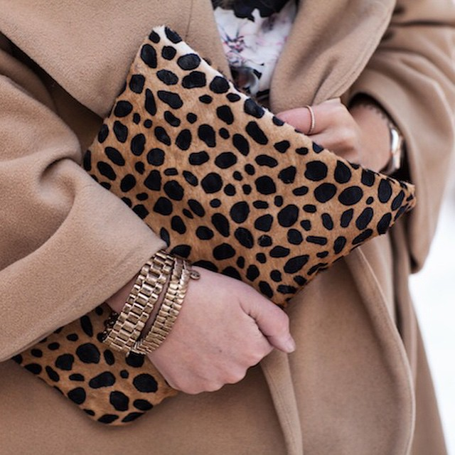 psst - my fave @shopclarev clutch is on sale right…