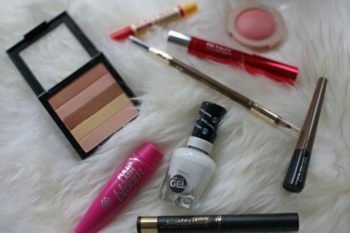 CVS-Drugstore-Beauty-Must-Haves-Spring-15