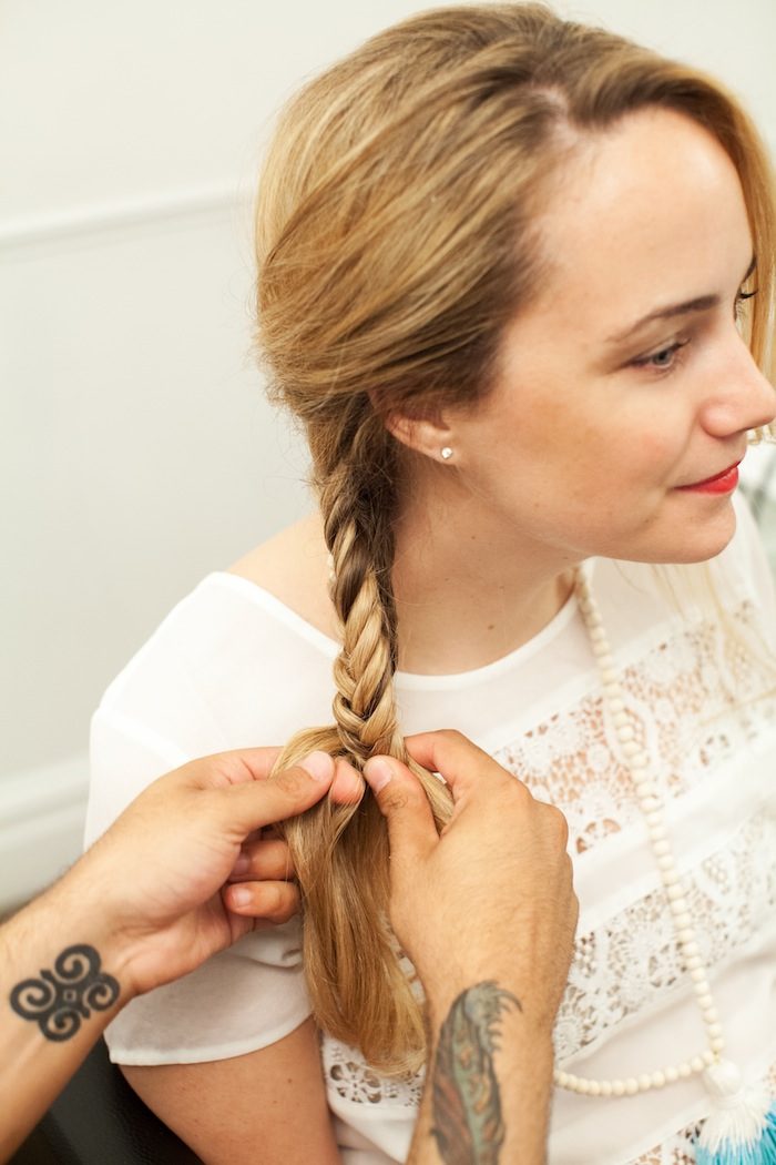 how to make a tight fishtail braid