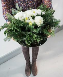 diy holiday floral arrangement wreath