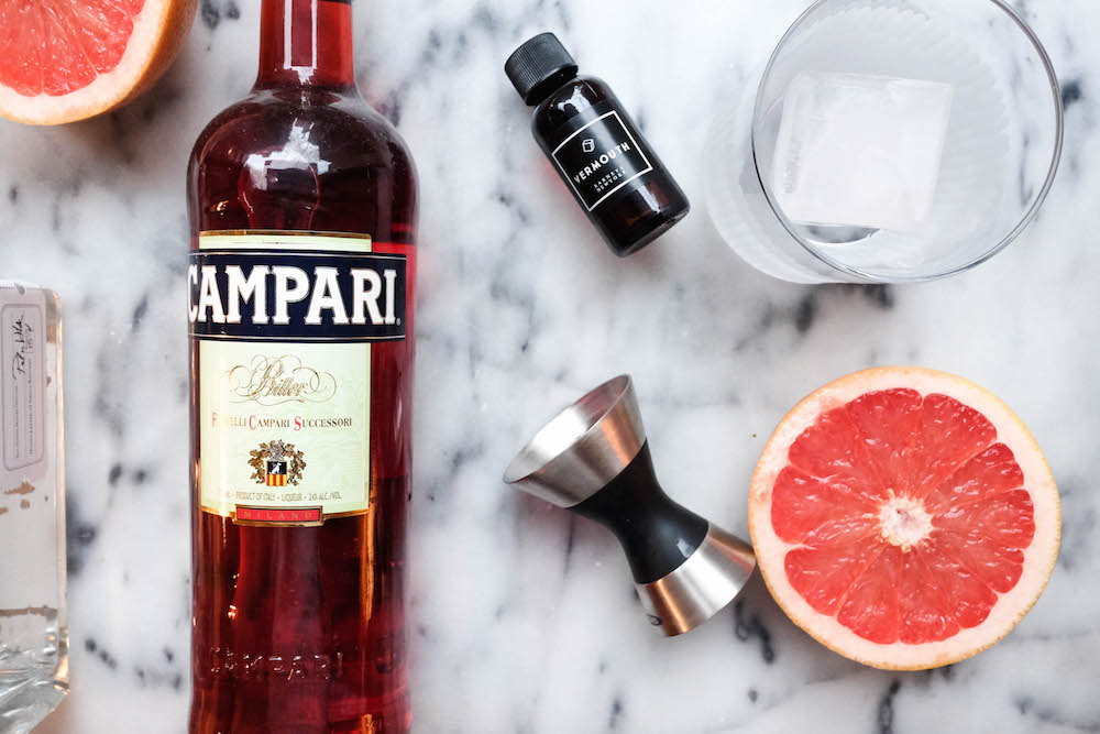 grapefruit negroni cocktail recipe - the stripe