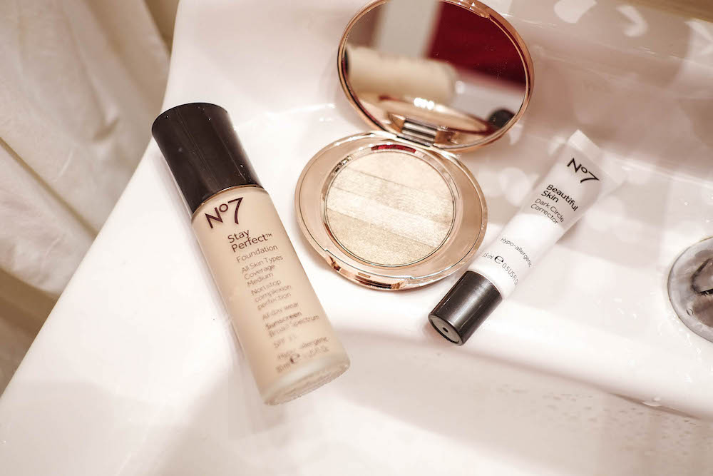 boots stay perfect foundation5