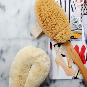 Everything You Need to Know About Dry Brushing.