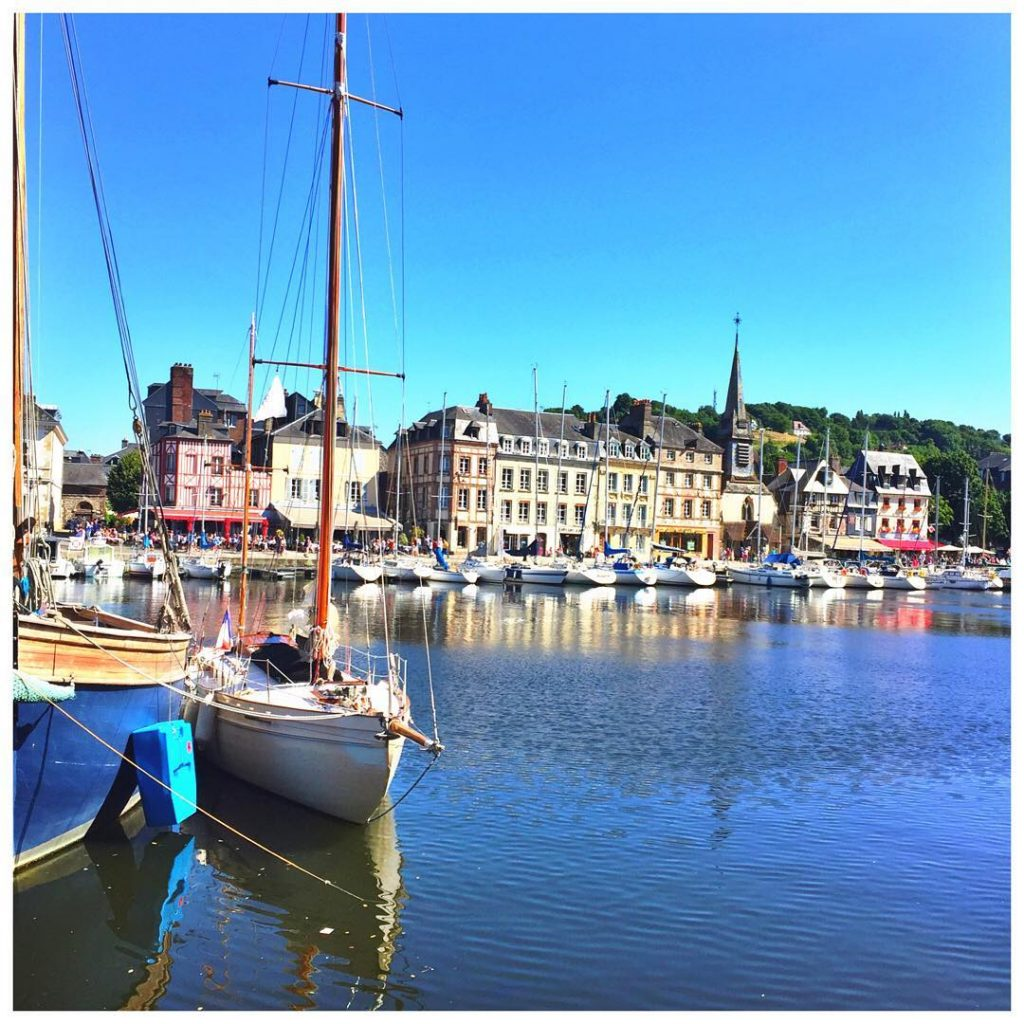the prettiest little coastal town Honfleur! Today we are exploringhellip