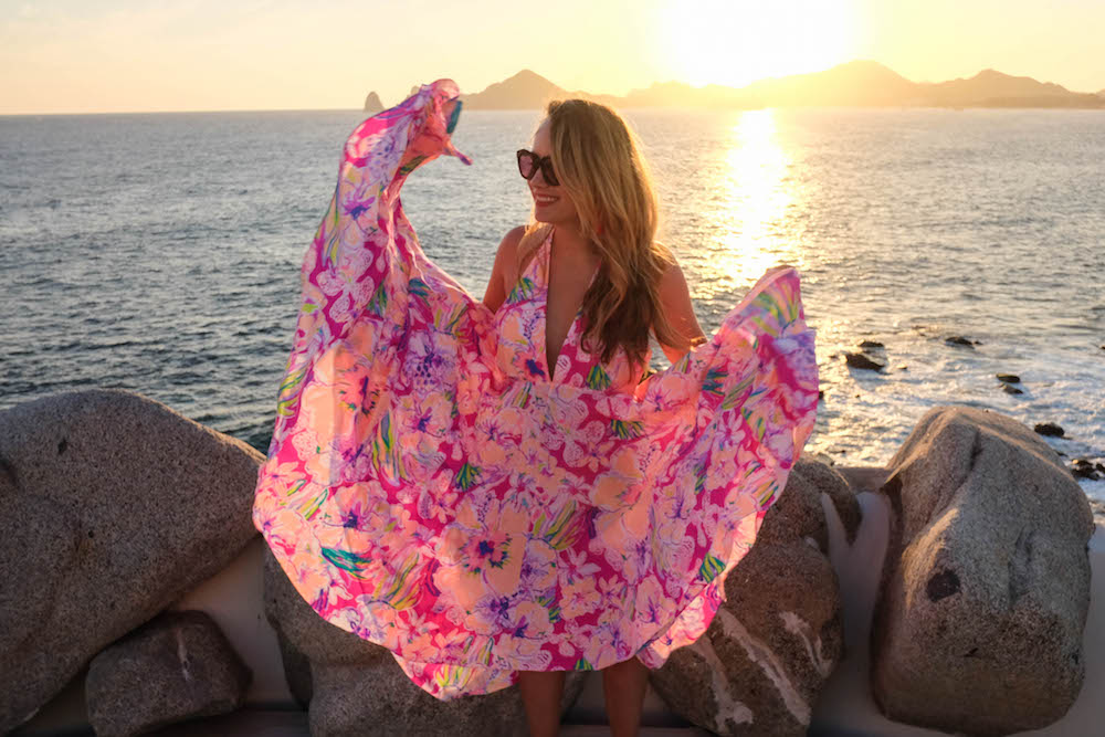 Sunset da Mona Lisa - Cabo | The Stripe Los Cabos Travel Diary - 2016 Los Cabos Film Festival (Grace Atwood, wearing the Lilly Pulitzer Gizelle Maxi Dress)
