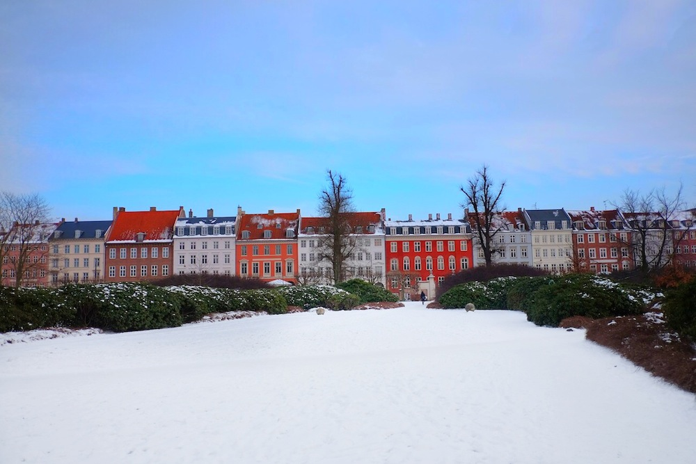 colorful houses along rosenborg castle gardens / 48 hours in copenhagen, the stripe blog