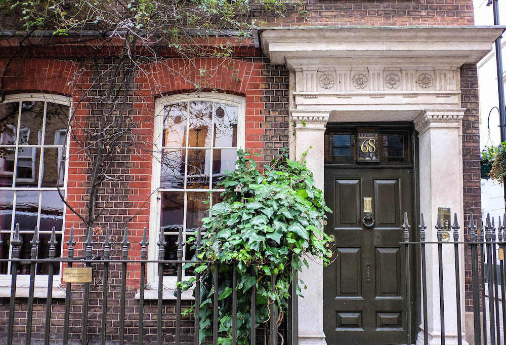 pretty townhouse in soho, london | the stripe - 36 hours in london
