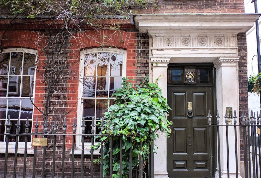 pretty townhouse in soho, london | the stripe - 36 hours in london