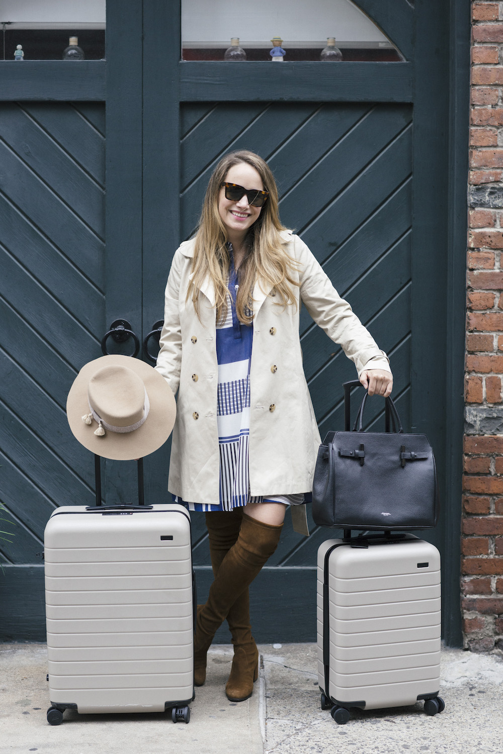 Away Luggage Review   The Stripe