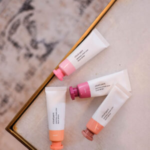 Glossier Cloud Paint Review.