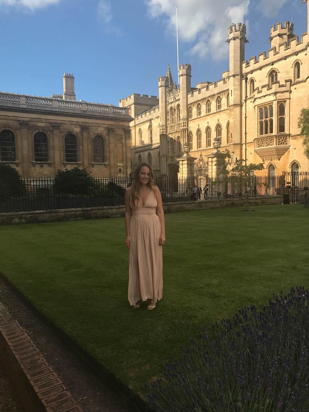 london travel diary - the stripe - grace atwood wearing elizabeth & james in cambridge