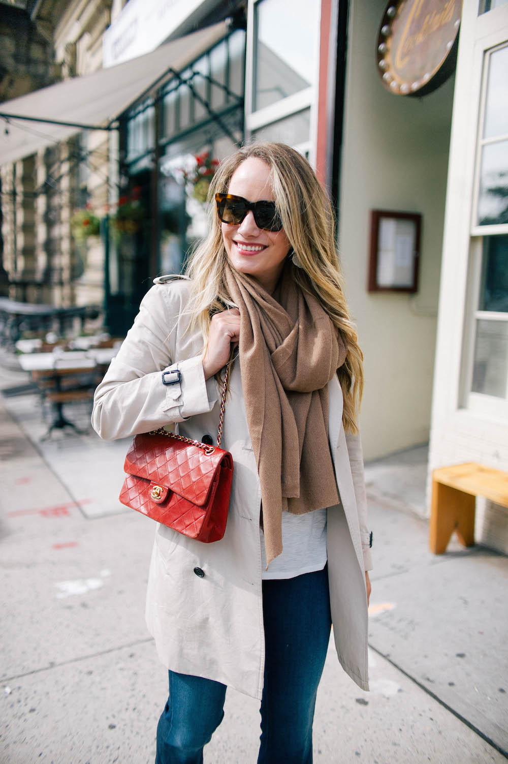 the best flare jeans, heidi wynne cashmere scarf + vintage chanel bag | the stripe