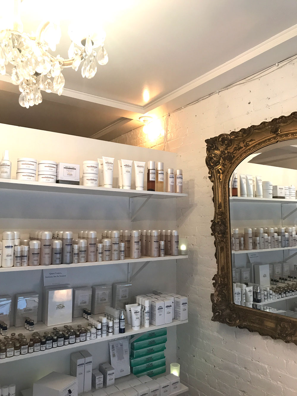 Daphne Studio | Nolita, NYC | My favorite spa in New York City, The Stripe