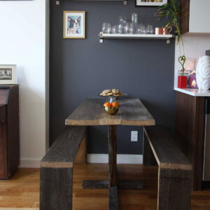 Kelly's Chic: Affordable Tips for Living in a Small Space.