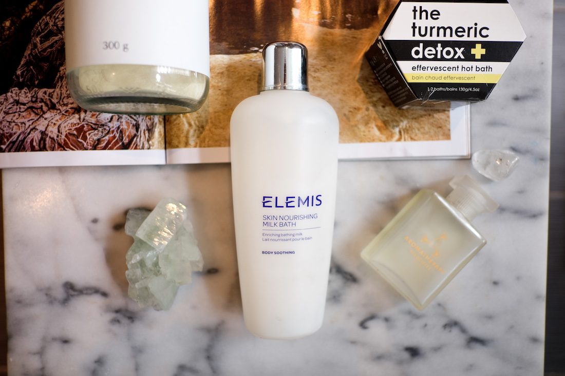 Elemis Skin Nourishing Milk Bath  - The Stripe