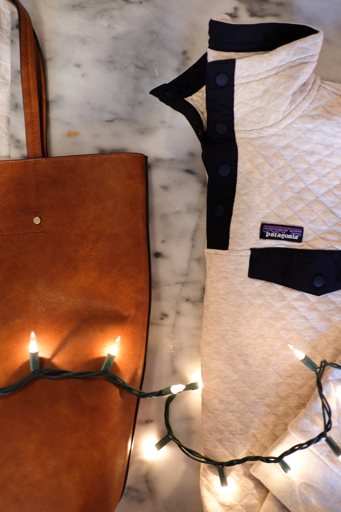Gift Idea #3: The Affordable (Vegan Leather) Tote!