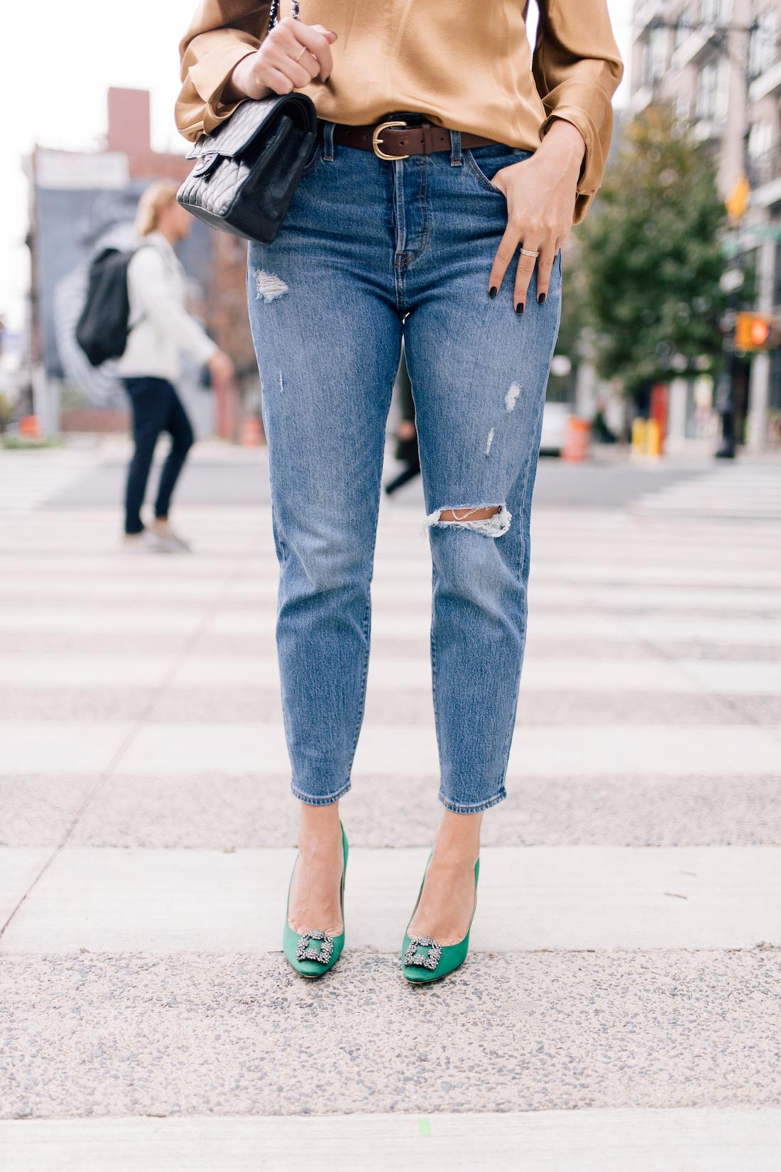 Outfit Details:Levi's Jeans //Vince Blouse  //Manolo Blahnik Heels //J.Crew Belt //Chanel Purse