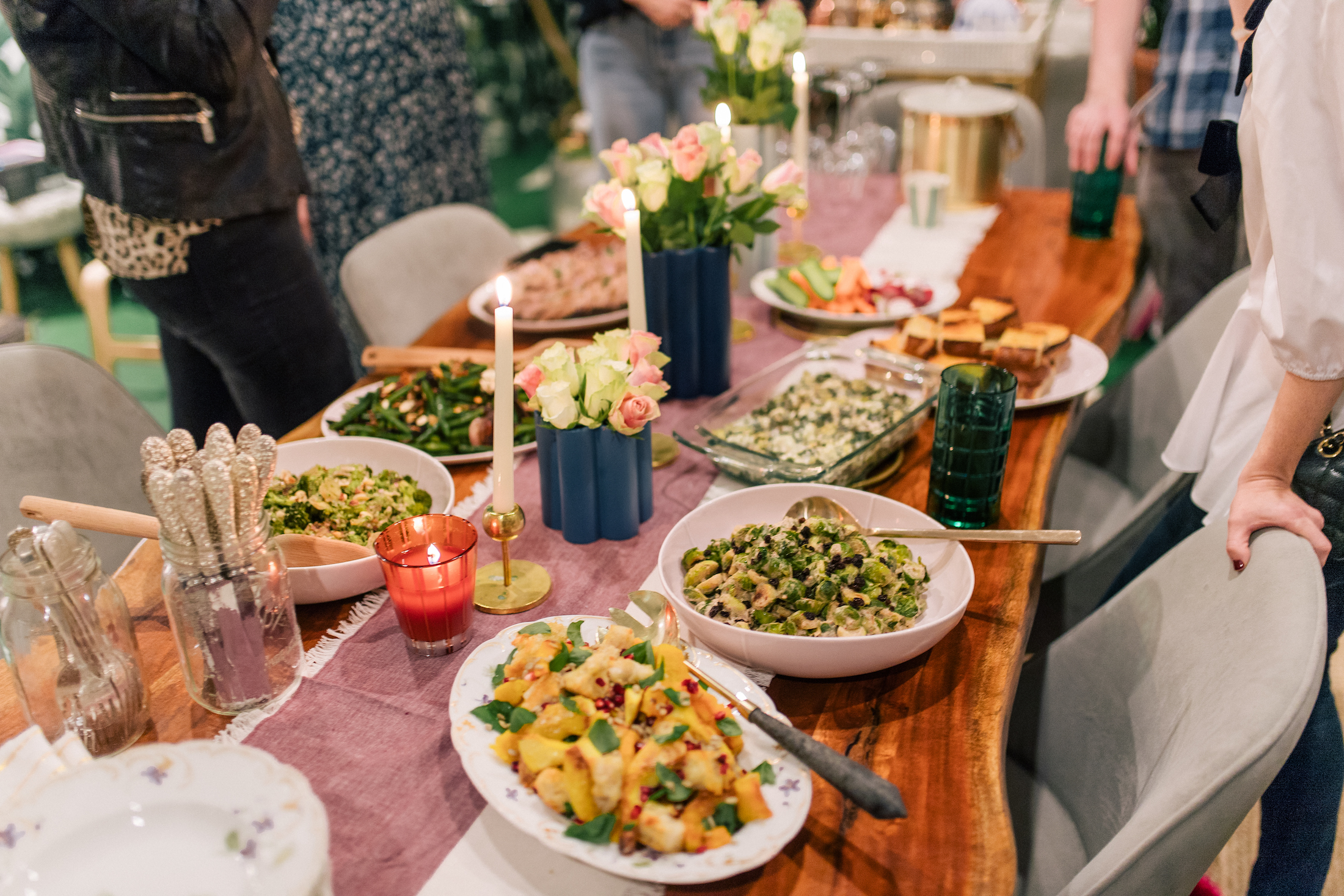 How to Host the Perfect Friendsgiving Celebration.