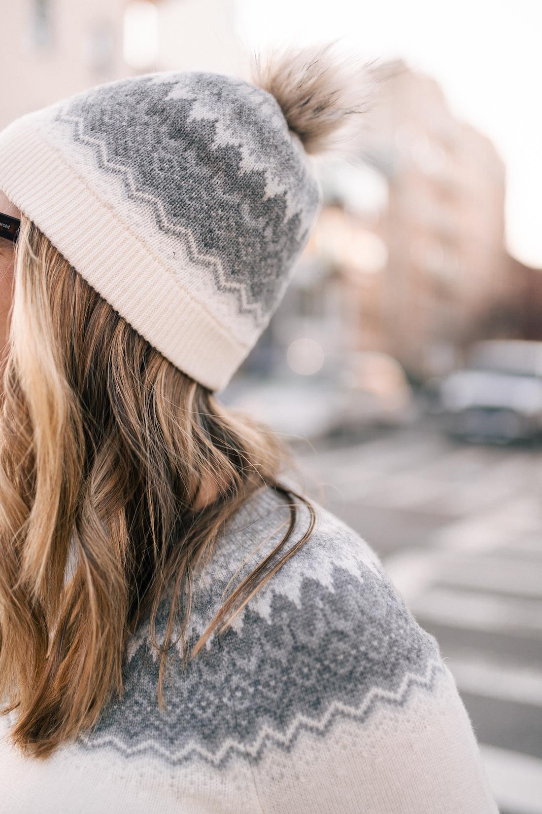 Vineyard Vines Sweater + Hat (c/o)