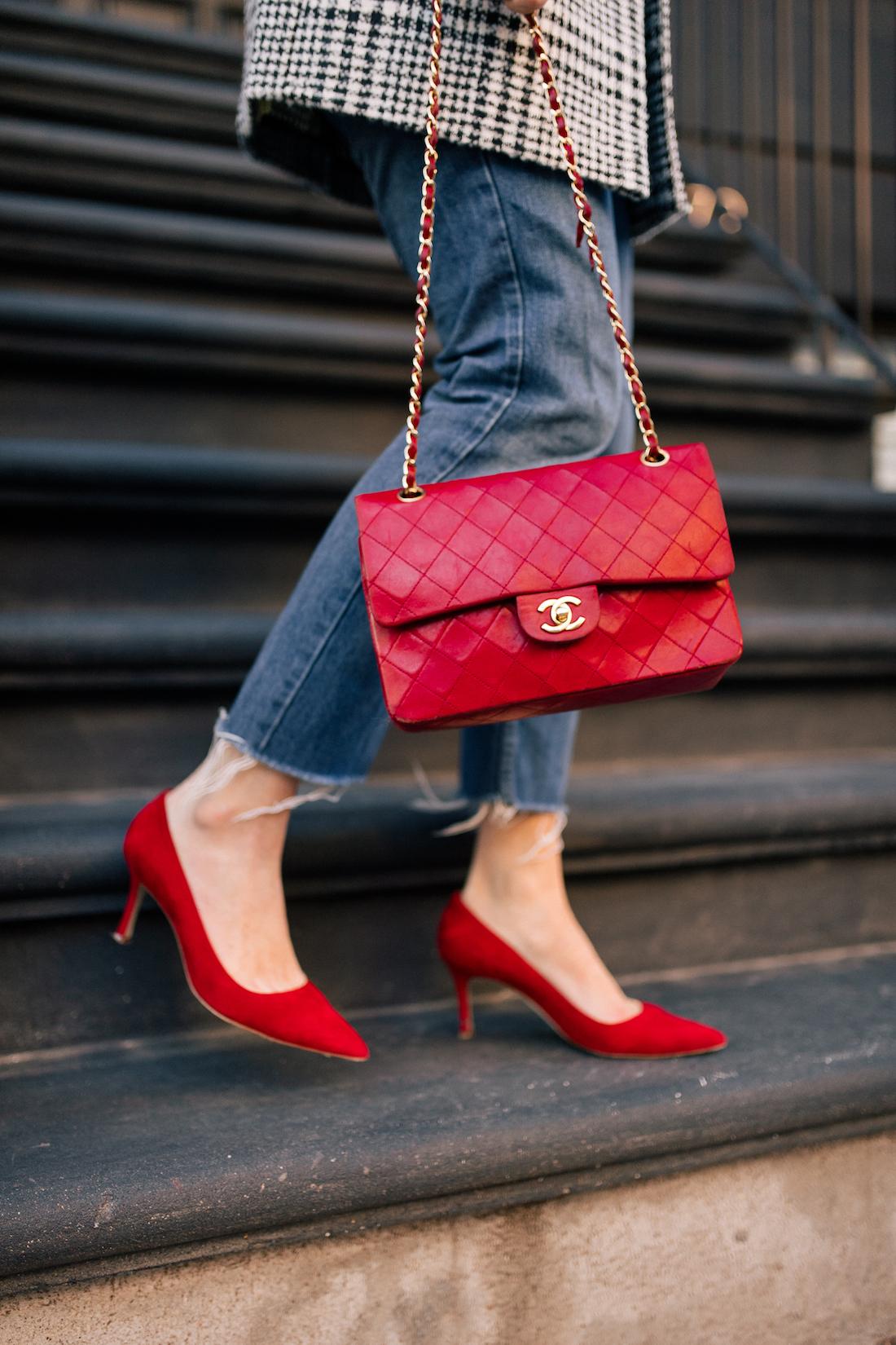 Outfit Details: Re/Done Denim // Manolo Blahnik Pumps // Vintage Chanel Purse