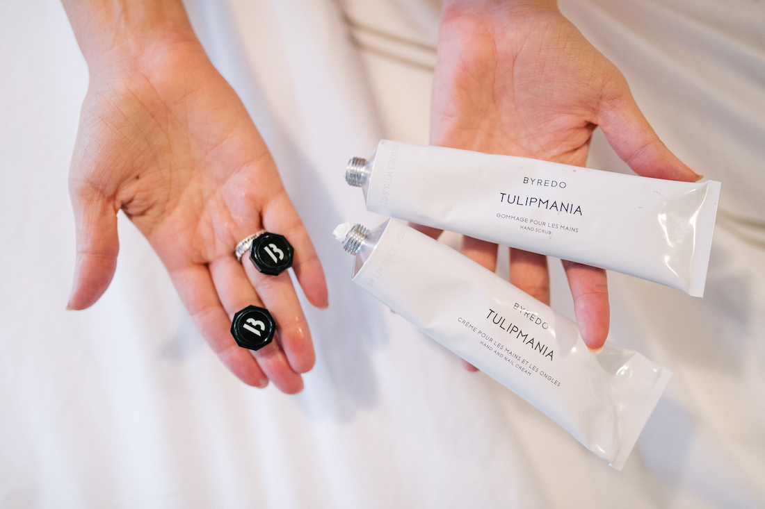 luxurious hand cream + hand scrub!