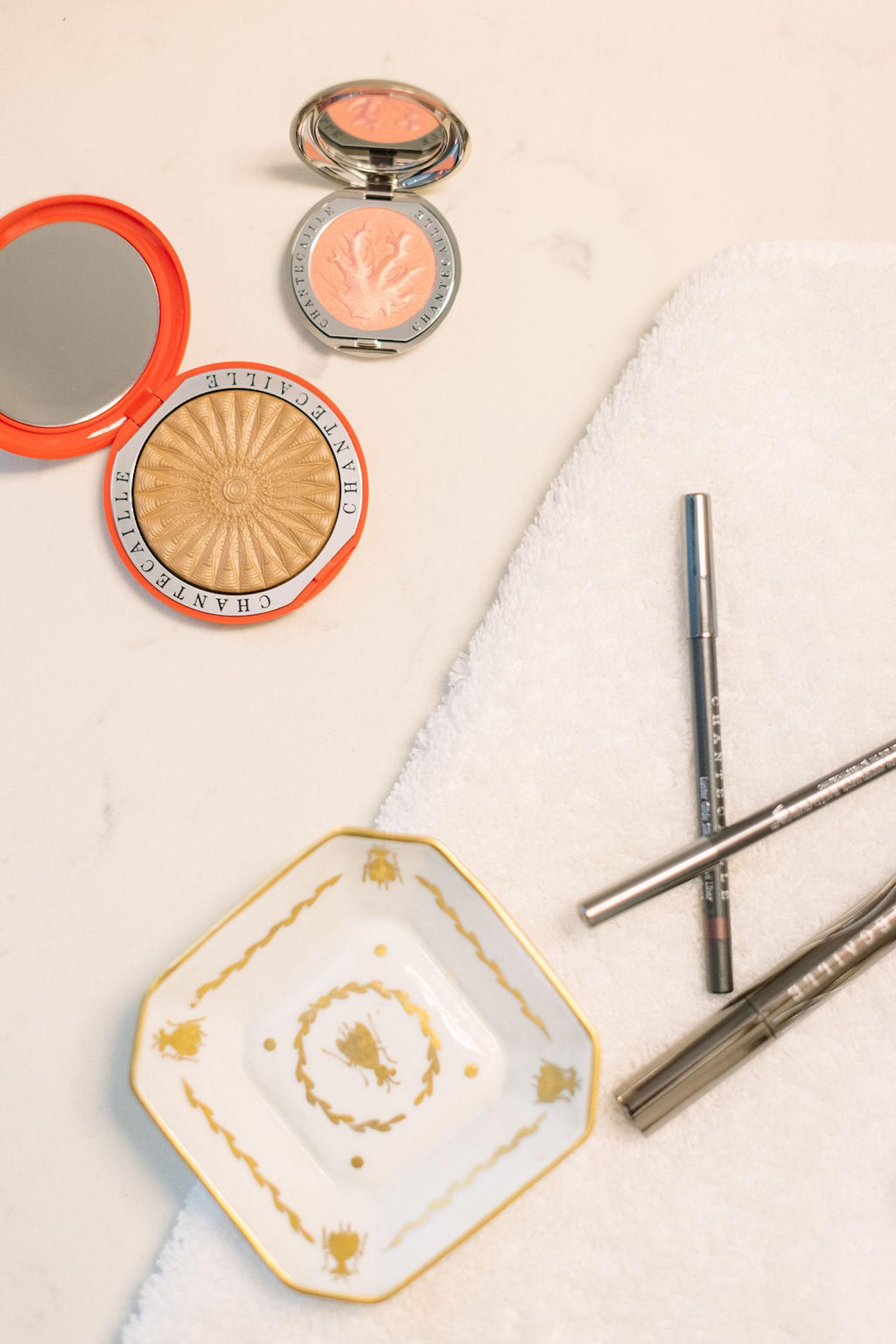 Chantecaille makeup review | An Easy Beachy-Bronzy Makeup Look for Summer