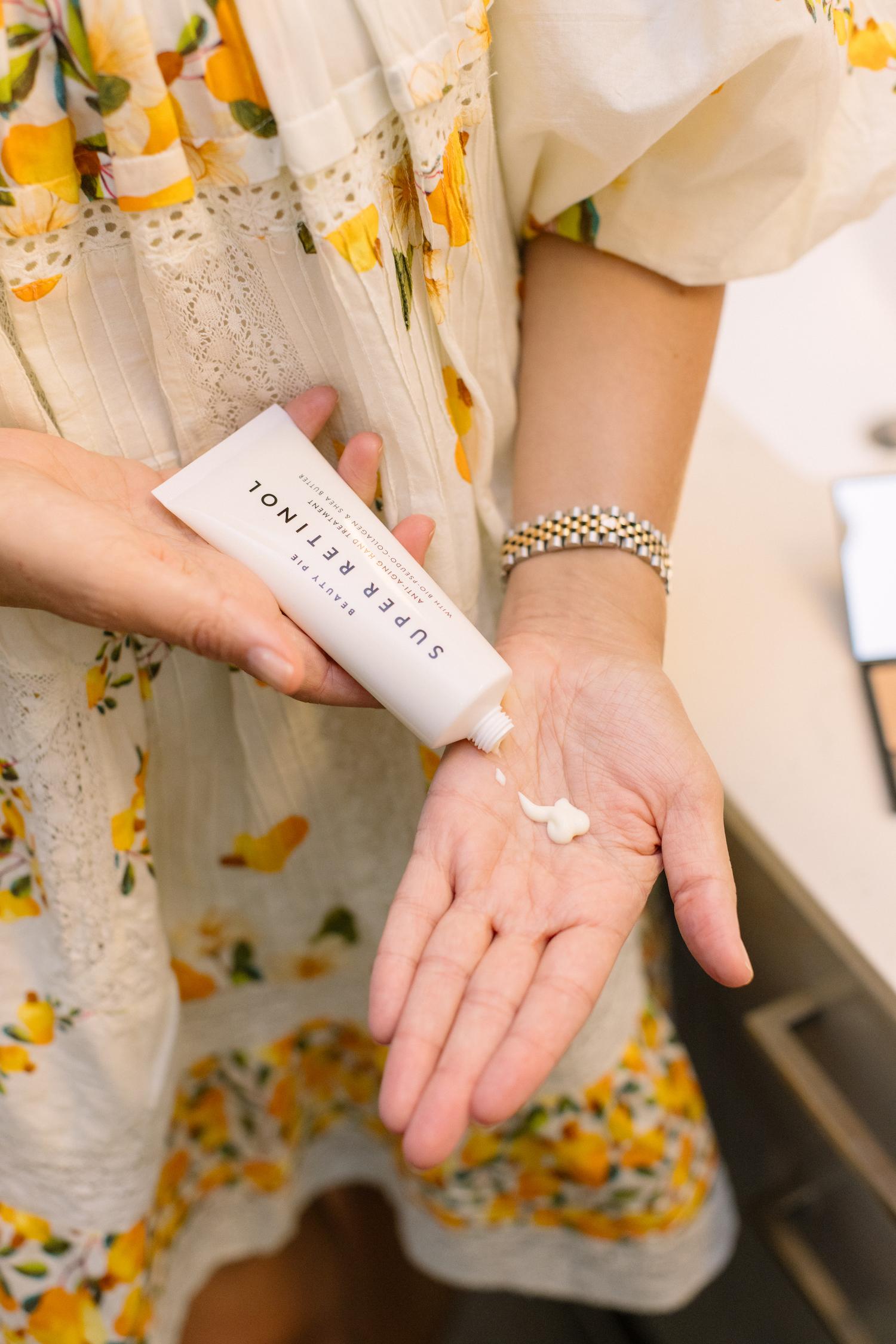 Super Retinol Hand Treatment review