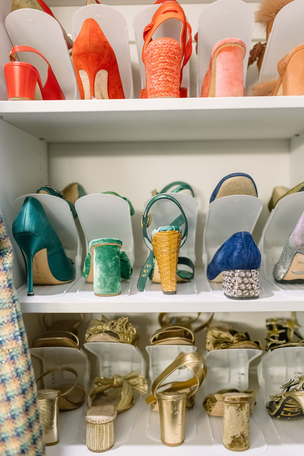how to organize shoes in closet