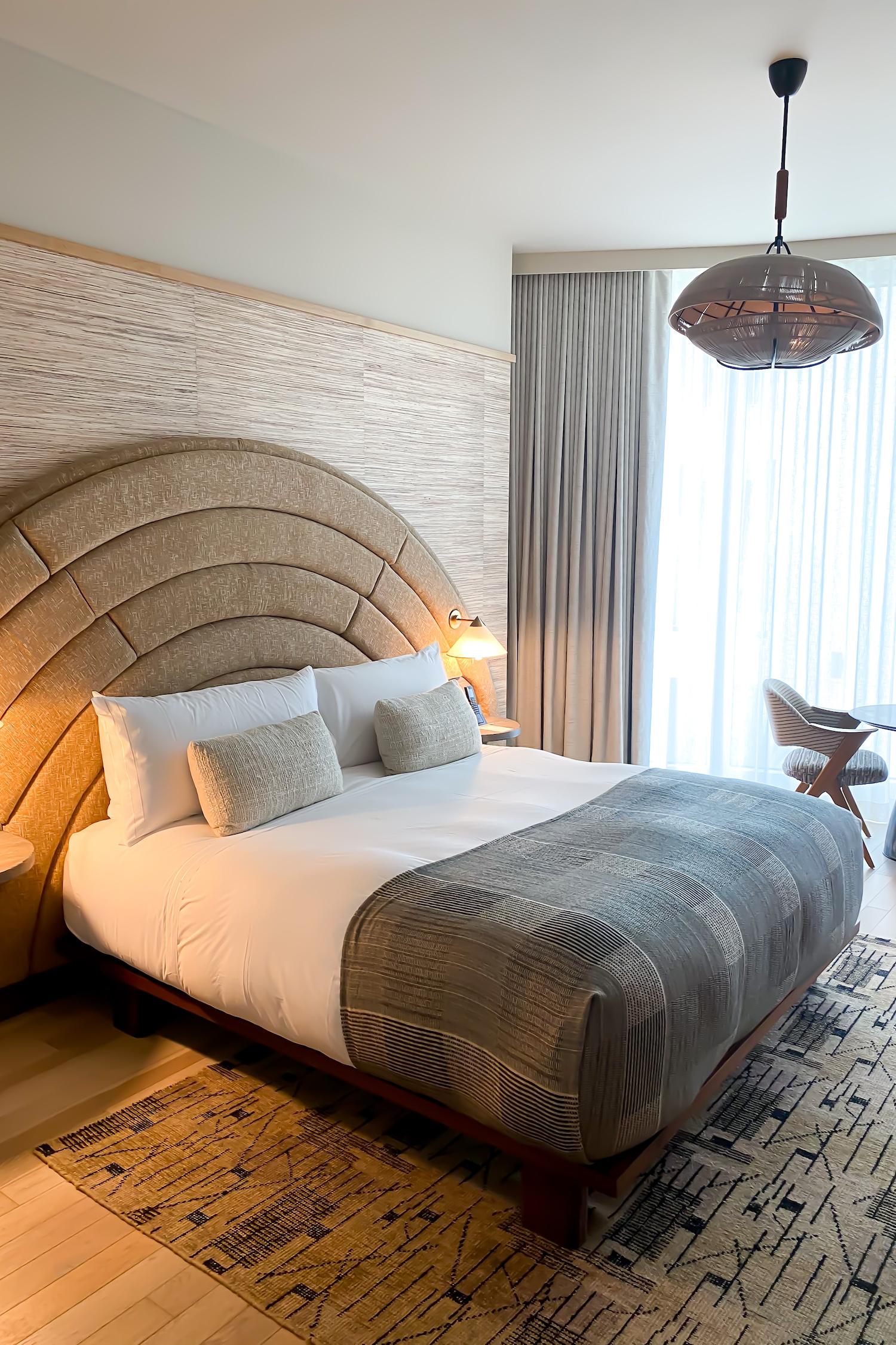 The Proper Hotel in Santa Monica bed
